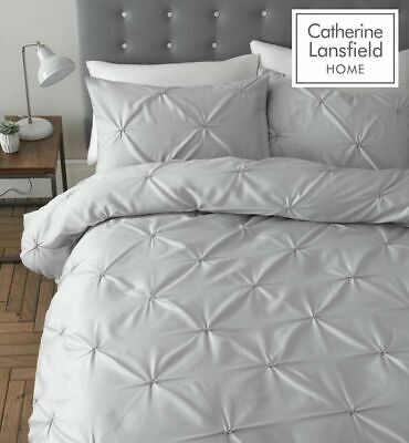"Catherine Lansfield ""Pinch Pleat"" Pin Tuck Quilt/Duvet Cover Bedding Set Silver"