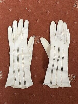 White Leather Gloves Vintage Ladies Size 7.5 Stitched 1940s 1950s