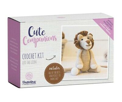 Crafter's Companion Cute Companions - Leo the Lion Crochet Kit Activity Toy