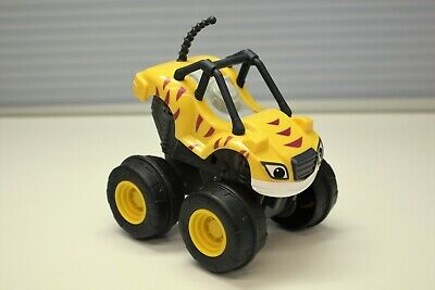 Fisher-Price Nickelodeon Blaze and the Monster Machines Slam & Go Stripes