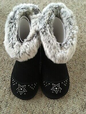 BNWT M&S Girls black boots with studs & faux Fur Lining & flashing lights UK 9