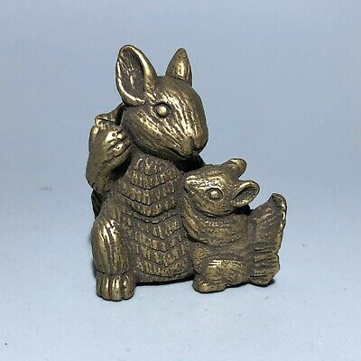 Collectible Vintage Chinese Old Brass Handwork Mother & Son Squirrel Statue P3