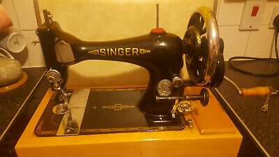 Vintage  Old  Antique Hand Crank  Singer sewing machine Model 11225668