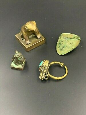 A group of antique piece