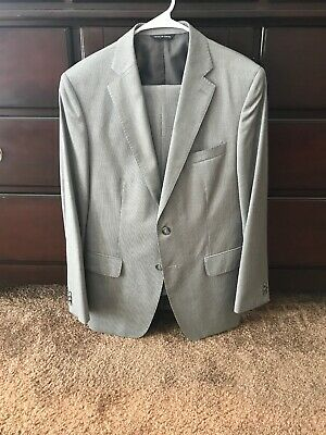 🔥Banana Republic Light Grey Modern Fit Suit, 38 Short/30 Waist🔥