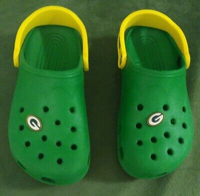 Crocs Slip On Shoes Green Bay Packers, Green/Yellow, Unisex Size SM Football NFL