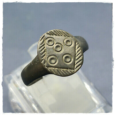 ** FIVE CIRCLES ** ancient I century BC BRONZE ROMAN RING !!! 6,24g