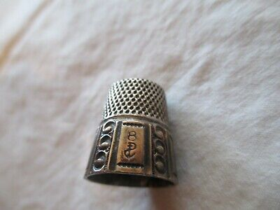 Antique Simons Bros. Gold Band Sterling Silver Thimble w/Panels & Etching Sz 8