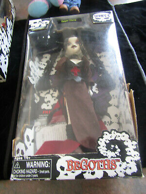 BE GOTHS Doll Slayer Storm Series 6 From  2007