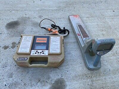 RADIODETECTION RD4000 RECEIVER And Ditch Witch 910T TRANSMITTER