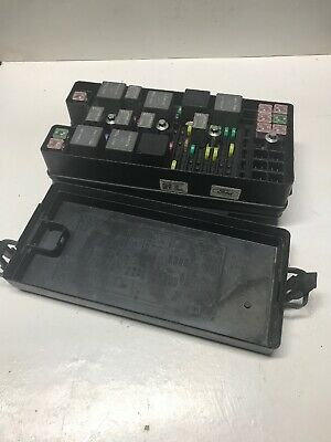 2006 Ford Mustang Gt Conve Junction Box Fuse Relay Multi Function Block Oem