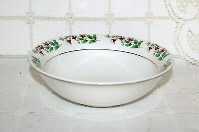 Gibson Everyday Housewares CHRISTMAS CHARM Holly Berries Cereal Bowls (2)