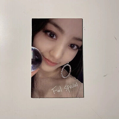 Twice 8th Mini Album: Feel Special - Jihyo Official Photocard (US ONLY)