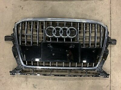 AUDI OEM 13-16 Q5 Grille Radiator Support-Top Cover Panel 8R0807081A