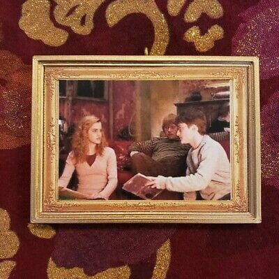 Harry Ron & Hermione Gryffindor Common Room Christmas Ornament/Magnet/DHM Potter