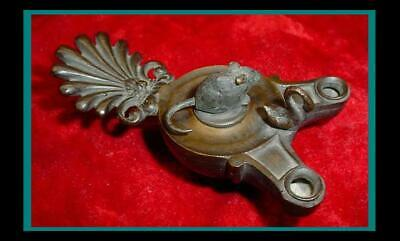 Antique ROMAN Bronze OIL LAMP with Palmetto Leaf Handle with DORMOUSE FINIAL LID