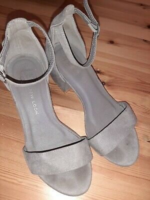 Girls new look shoes size 2
