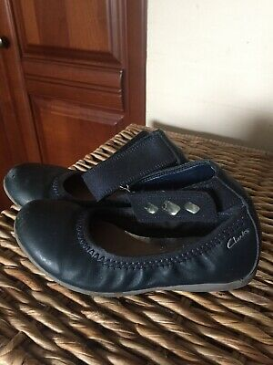 Girls Clarkes Shoes Size 10f Infant Navy With Diamante Straps