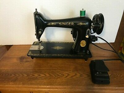 1950 Singer Sewing Machine Model 66 Cast Iron Serviced, Cleaned