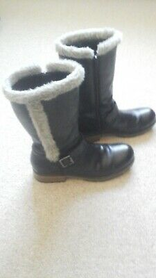 Girls Black Leather Fur Trimmed Boots 3.5 From Clarks