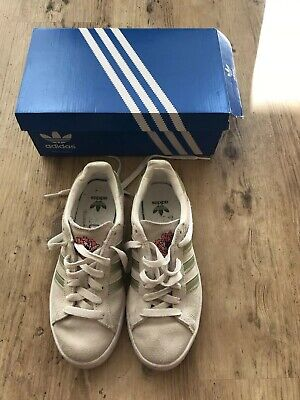 Adidas Campus YTH Girls Pale Green Suede Floral Embroidered Trainers UK 3 Boxed