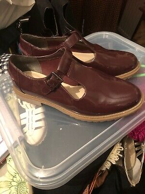 Womens Size 4.5 Shoes Plum Colour, Flat, Buckle, Faux Leather, Clarks
