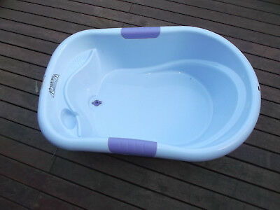 """Roger Armstrong"" Baby Bath Tub ** Blue"
