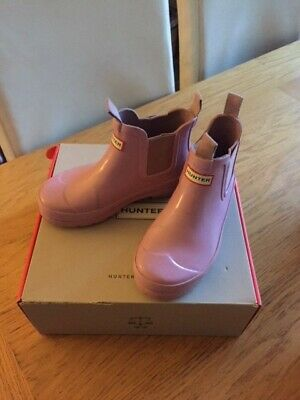 Girls Chelsea Gloss Hunter Boots in Pink Size 11