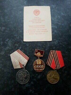 Soviet Russian Military Medals/Badge/Booklet - Lot 3