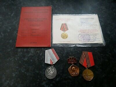 Soviet Russian Military Medals/Booklets/Badge - Lot 4