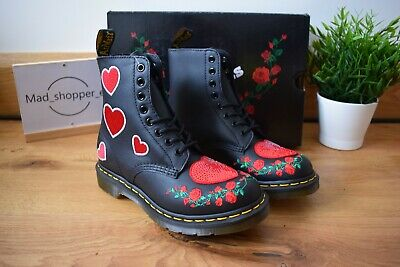 DR MARTENS 1460 Pascal Black Hearts DM's Red Softy T Patch UK 5 EU 38 US 7 8-eye