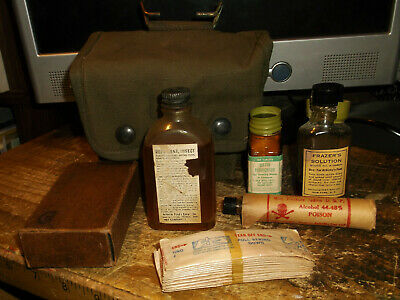 Original 1945 Avery WWII US Army Jungle First Aid Kit w/ Contents Medic