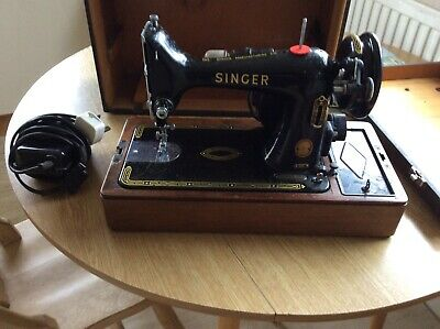 Vintage Singer Electric Sewing Machine In Fitted Case