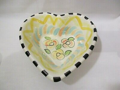 1997 Vicki Carroll Studio Pottery Whimsical HEART Shaped Serving Bowl~Exc!