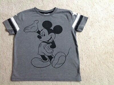 Boys Mickey Mouse t shirt age 6-7