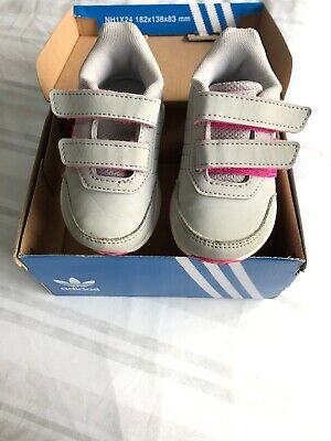 Girls Adidas Trainers Size 5 Infant