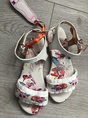 New Ted Baker Girls Frill Trim Floral Sandals Shoes White Size UK 1 EU 33