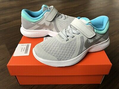 NIKE Revolution Younger Girls Trainers, Grey/Turquoise - Size 10.5