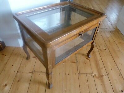 Old dentist's display cabinet / showcase / coffee table, drop down sides