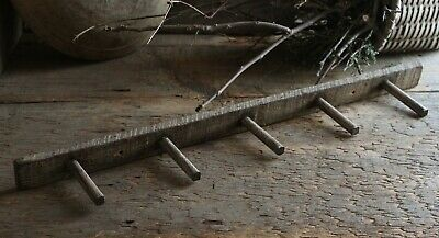 Primitive Homestead Early Look 5 Peg Tobacco Lath Wooden Pegboard