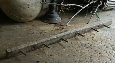 Primitive Homestead Early Look 6 Peg Tobacco Lath Wooden Pegboard