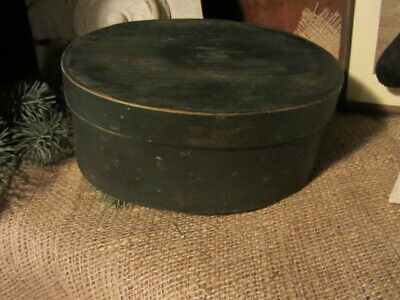 Early Antique Windsor Green Oval Pantry Box..good Condition..
