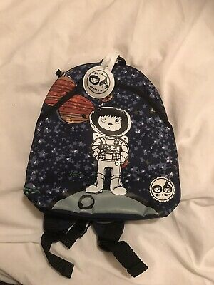 child backpack harness