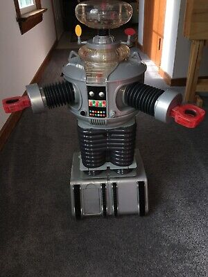 New 1998 Large 2 Ft Tall Lost In Space B9 Remote Control Robot Trendmasters