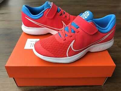 NIKE Revolution Older Girls Trainers, Red - Size 1