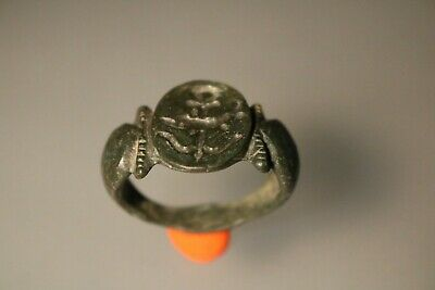 Ancient Fantastic Roman Bronze Ring * Dolphin  1st - 4th Century AD