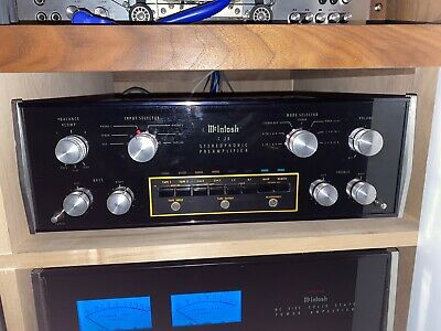 McIntosh C28 Stereo Preamplifier in excellent condition. New Glass