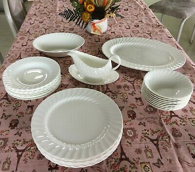 Wedgwood Candelight white swirl 28 piece bone china dinner set,perfect condition