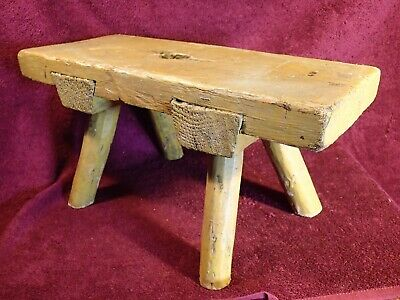 early 1900 ANTIQUE PRIMITIVE HANDMADE WOOD MILKING BENCH FOOT STOOL SCANDINAVIA