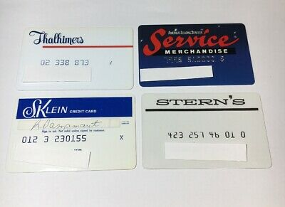 4 Vintage Expired Credit Cards For Collectors Retail Theme Lot (7017)